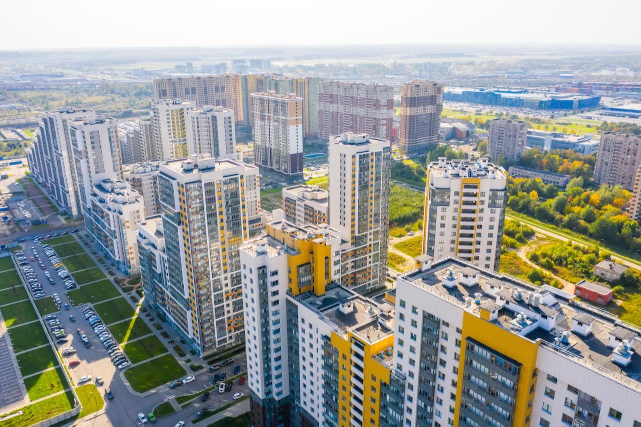 Еще одно предубеждение, которое можно встретить среди покупателей недвижимости, — новостройки не обеспечены инфраструктурой