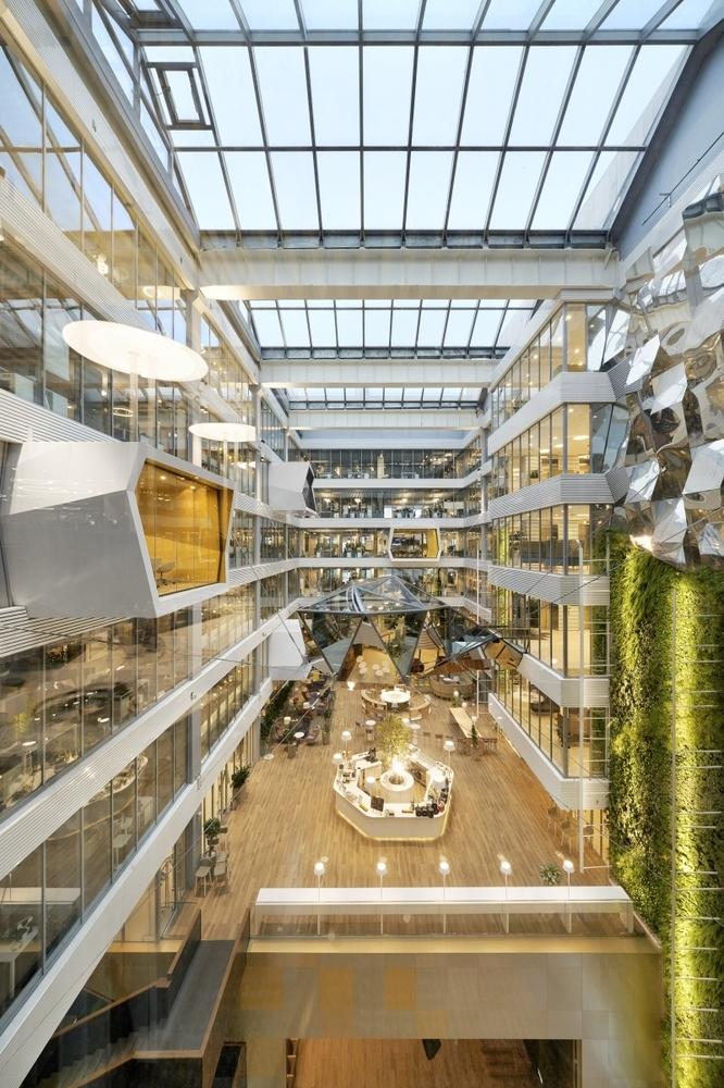 Фото:Архитектурные бюро Evolution Design, Т+Т Architects via Best Office Awards 2020