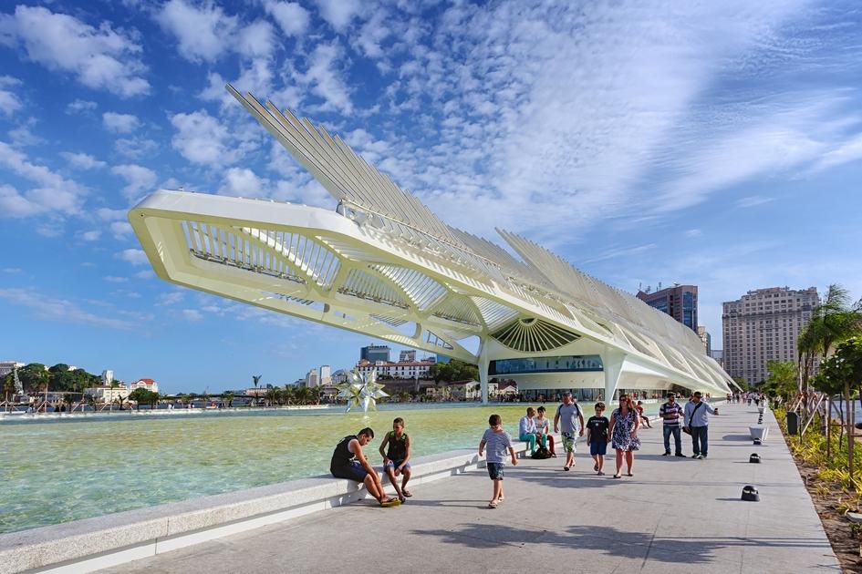 В переводе с португальского Museu do Amañha означает «музей завтрашнего дня». Он получил приз Leading Culture Destinations как лучший музей Южной Америки