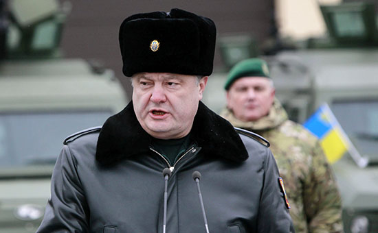 СМИ анонсировали подписание Порошенко указа об отводе вооружений