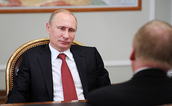 Президент России Владимир Путин иглава «Роснано» Анатолий Чубайс (слева направо). Архивное фото