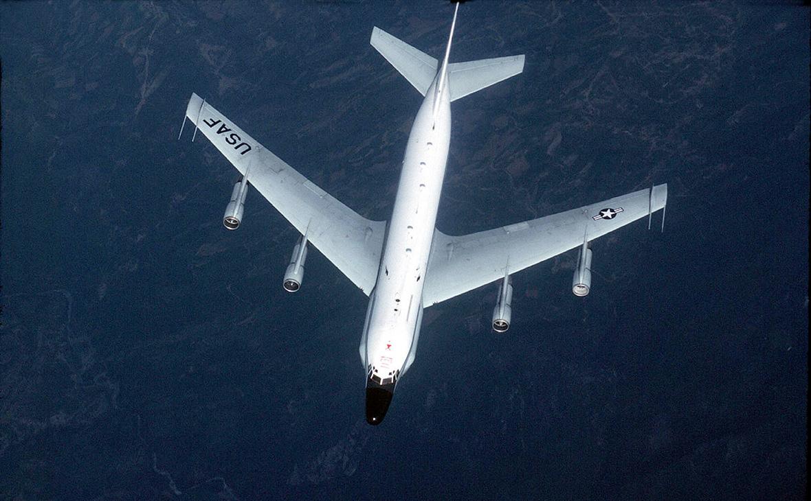 Разведывательный самолётRC-135