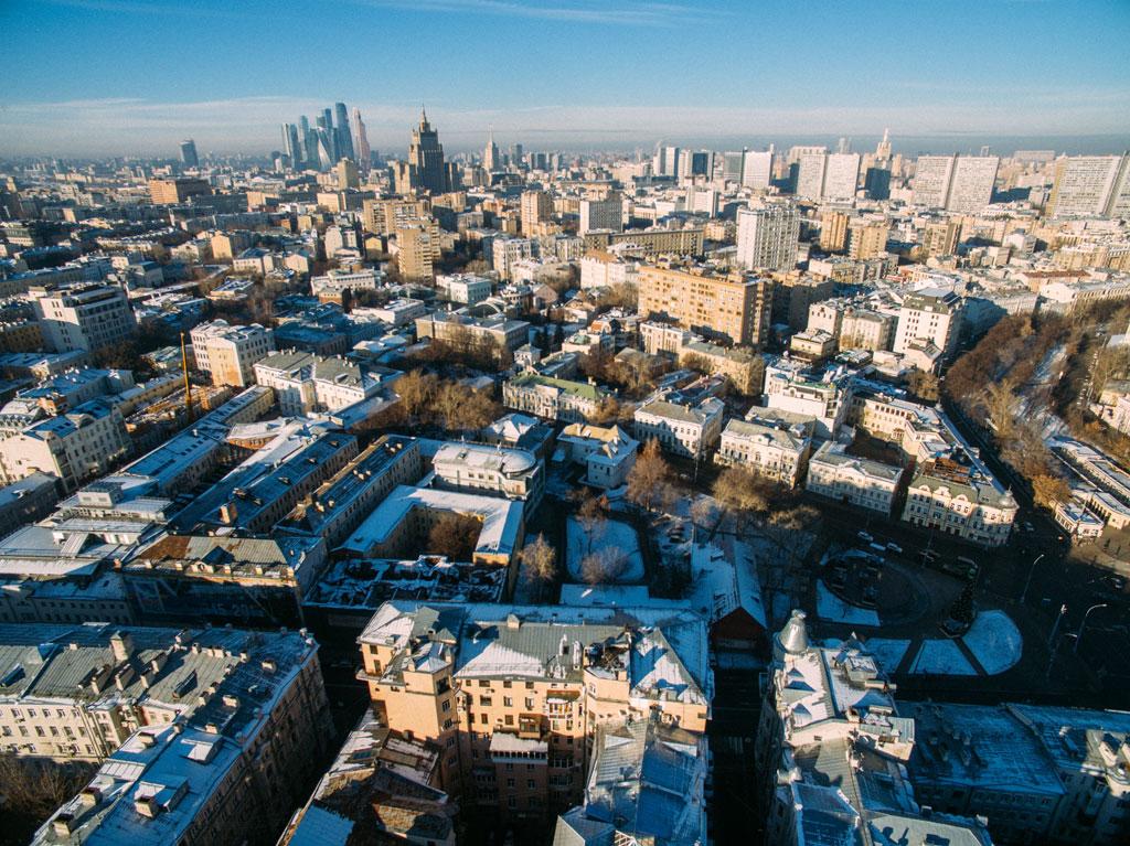 Вид на улицы Остоженка и Пречистенка