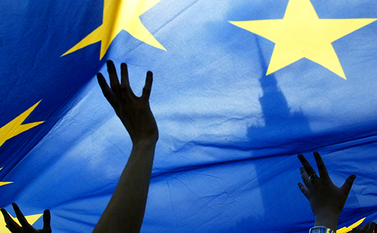 Юнкер предсказал континентальный кризис из-за референдума по Украине