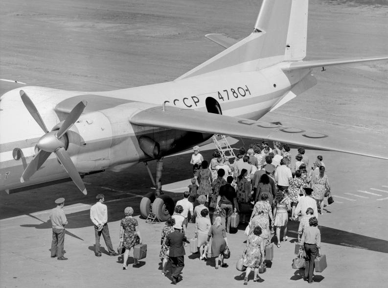 Ан-24 невыпускается с1979 года, новавиапарке российских компаний еще 67 таких машин