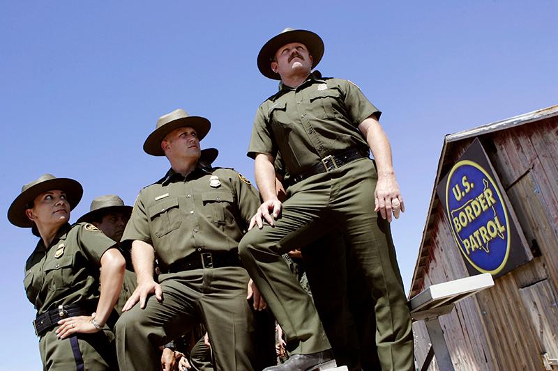 В охране американо-мексиканской границы задействованы более 40тыс. патрульных пограничной службы.