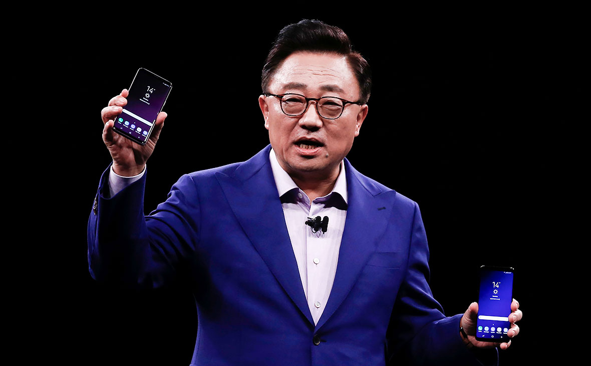 Президент мобильного подразделения Samsung Electronics Ди Джей Кох