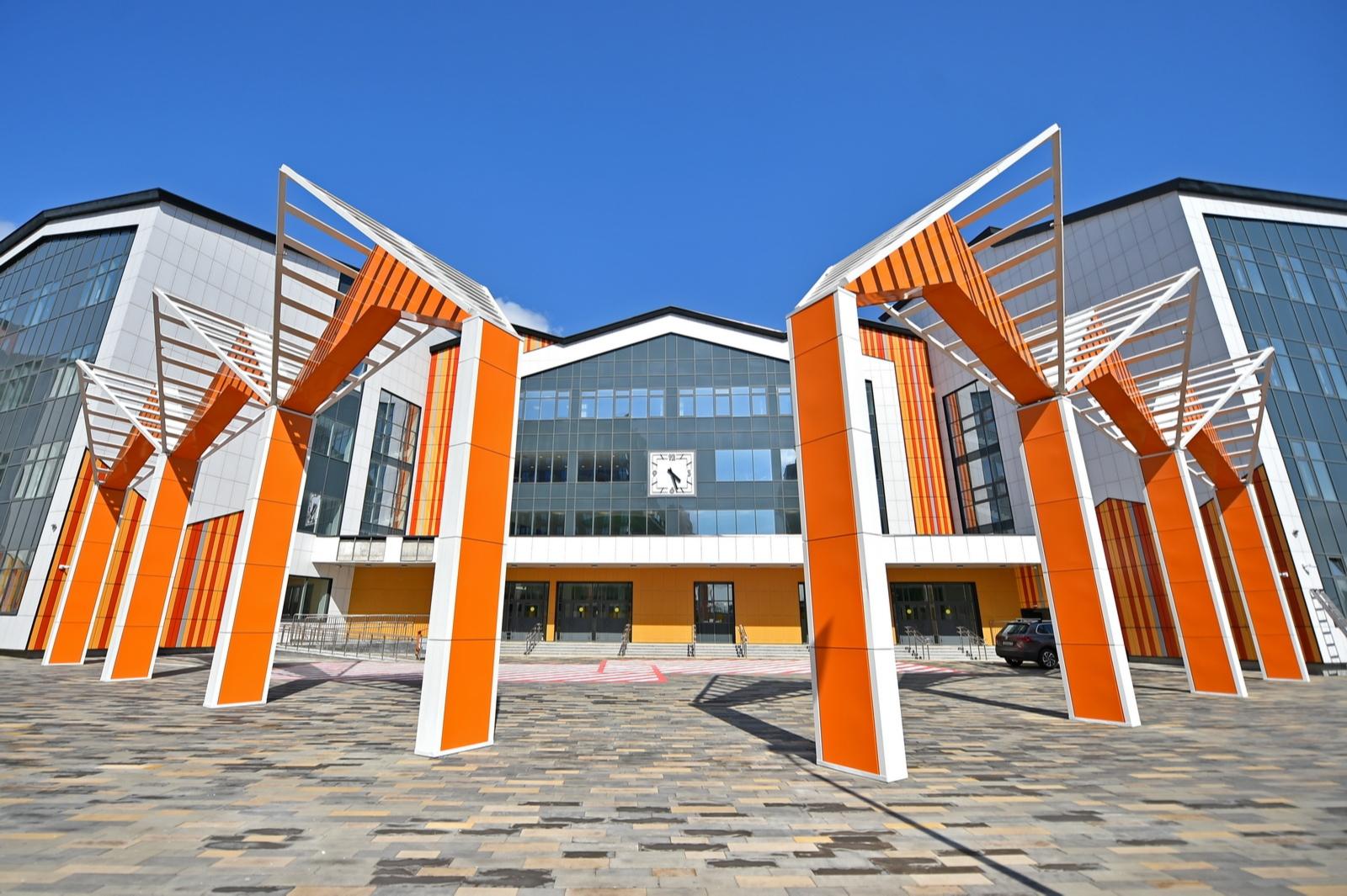 Школа на территории бывшей промзоны ЗИЛ