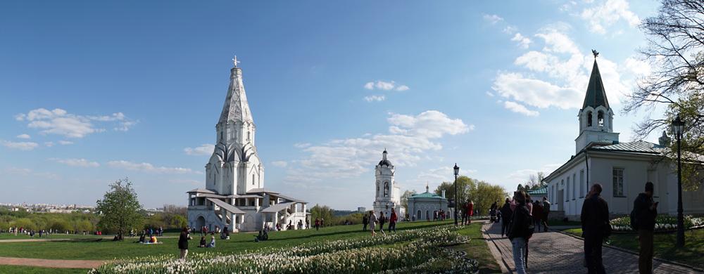 Церковь Вознесения Господня, церковь Георгия Победоносца на территории музея-заповедника «Коломенское»