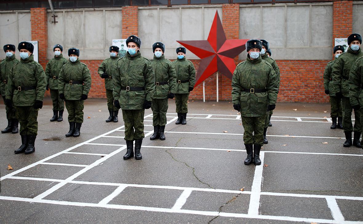В Совфеде предложили учесть службу в армии для досрочной пенсии