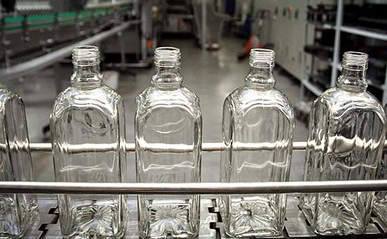 Производство алкогольной продукции на заводе в России
