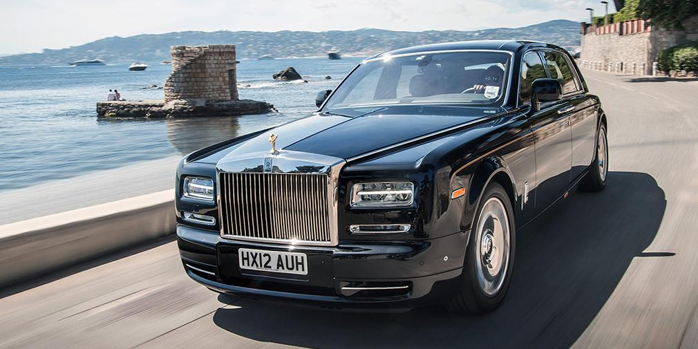 Rolls-Royce Phantom Еще один роскошный автомобиль, на котором певец появляется на самых статусных мероприятиях. Стоимость машины – около 25 млн рублей.