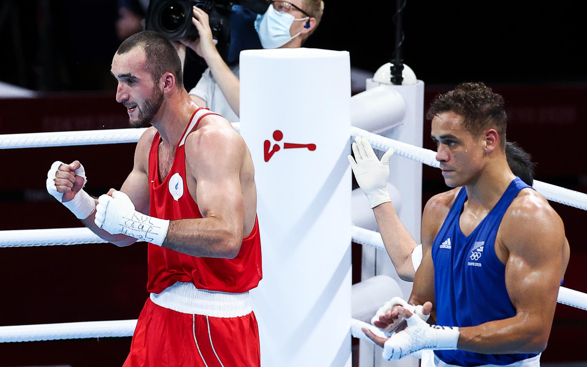 Фото: Муслим Гаджимагомедов (слева)  (Валерий Шарифулин/ТАСС)