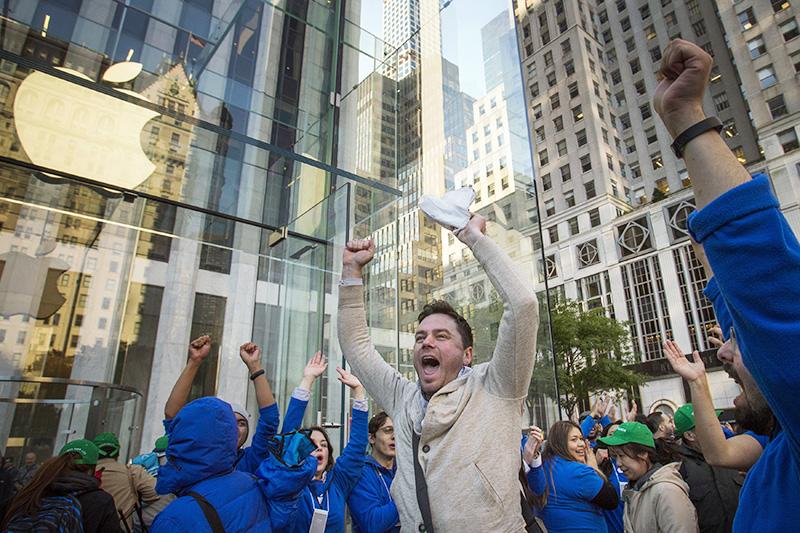 Первый покупатель iPhone 6