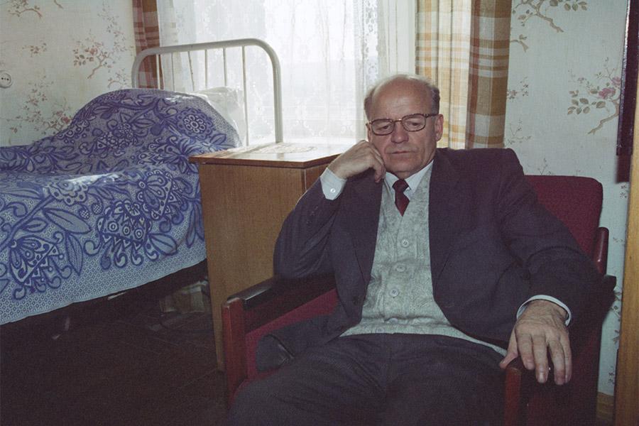 Виктор Черепков во время голодовки в госпитале Тихоокеанского военно-морского флота во Владивостоке. 1997 год