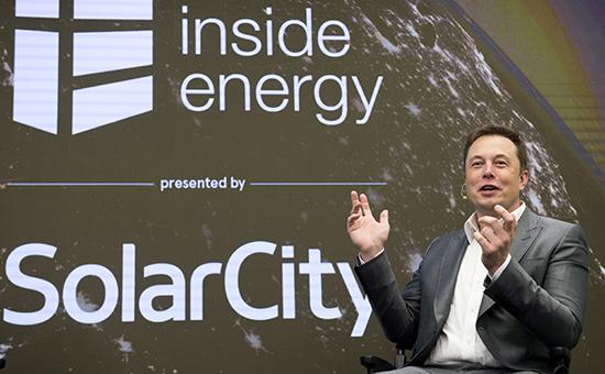 Основатель Tesla Илон Маск,председатель совета директоров иосновной держатель акций SolarCity
