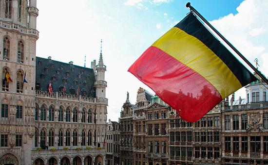 Картинки по запросу фото бельгийский флаг в Брюсселе