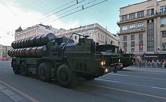 Зенитно-ракетная система большой и средней дальности С-400 «Триумф»