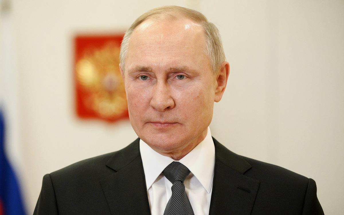 Путин поздравил с праздником военных Сил спецопераций