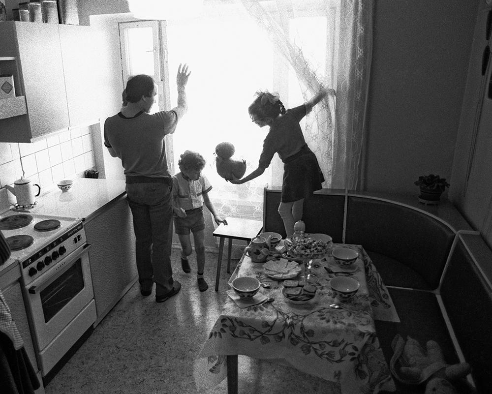 Новоселы, 1988 год. Семья рабочего Московского автомобильного завода имени И.А. Лихачева получила новую квартиру