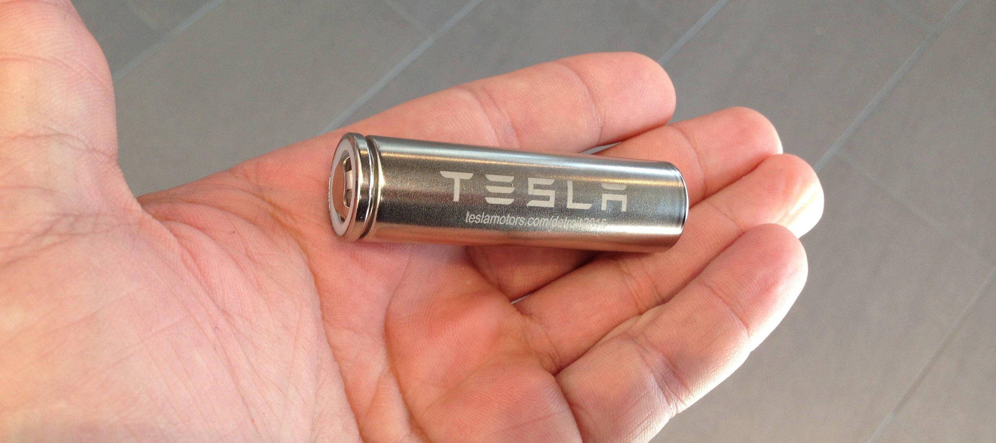 Новая батарейка Tesla