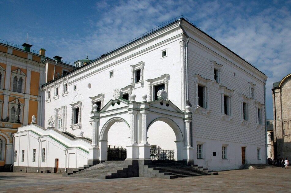 Грановитая палата в Московском Кремле