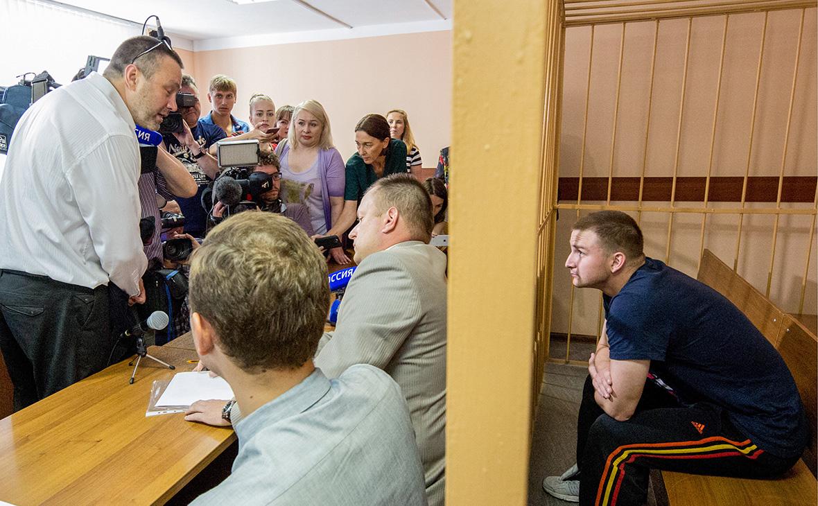 Рассмотрение ходатайства об аресте сотрудников ярославской колонии №1
