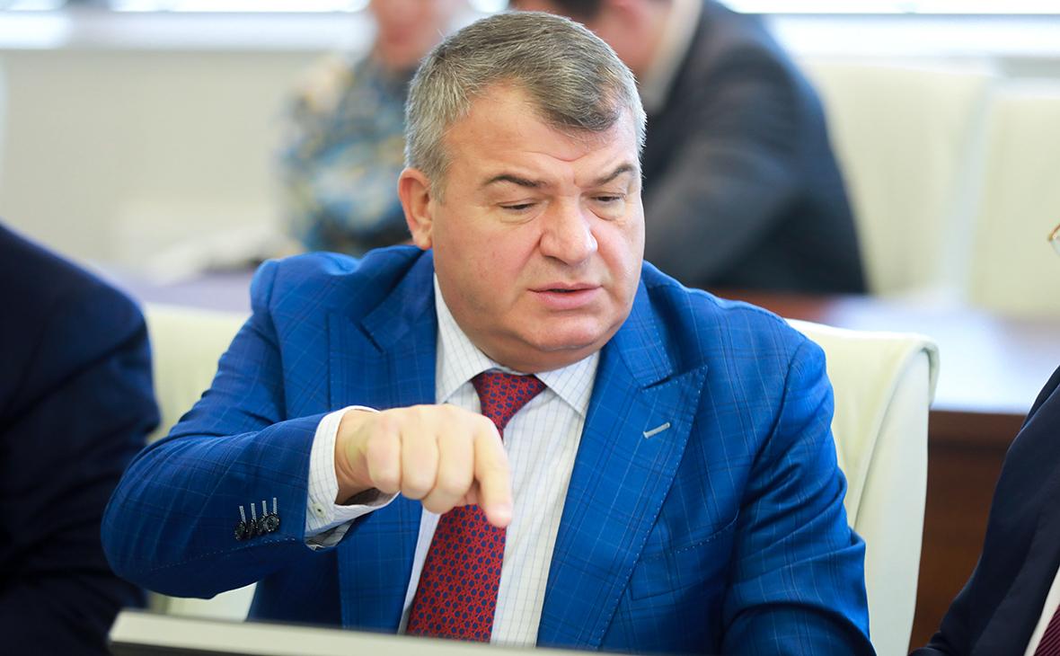 Анатолий Сердюков