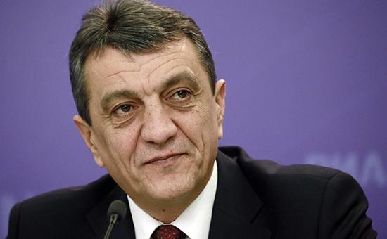 Глава Севастополя отказался отчитаться перед депутатами за 2015 год