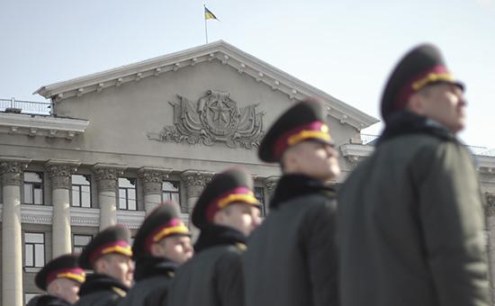 Порошенко предложил бойцам Нацгвардии «обкатку боем» в Донбассе