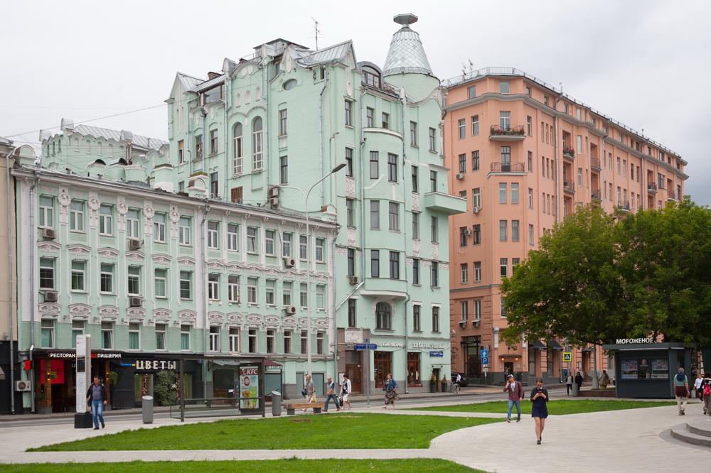 Доходный дом Я. М. Филатова и доходный дом графа В. А. Баранова на улице Остоженка