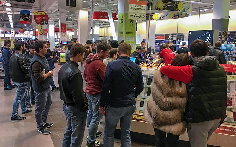 Старт продаж iPhone 7 вмагазине «М.Видео» вМоскве   