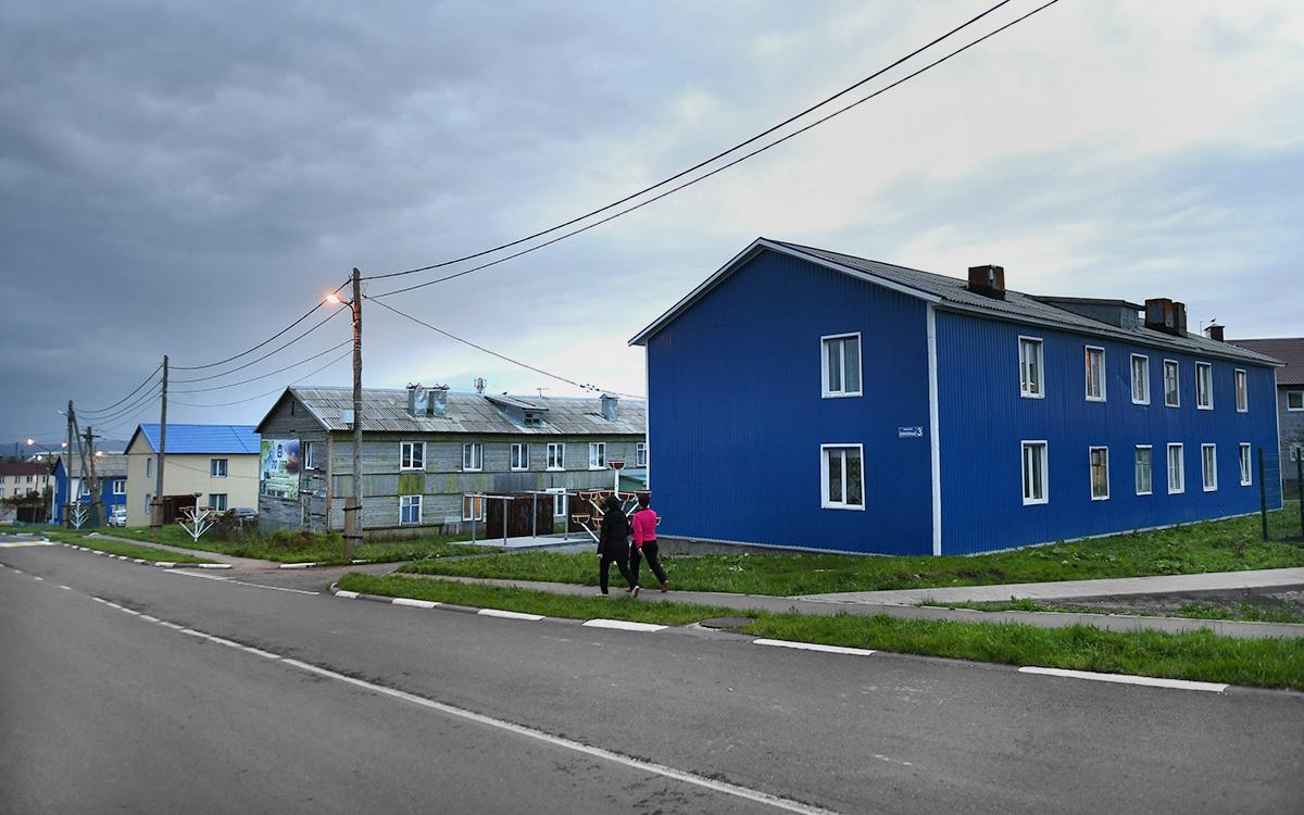 Посёлок Южно-Курильск на острове Кунашир Большой Курильской гряды