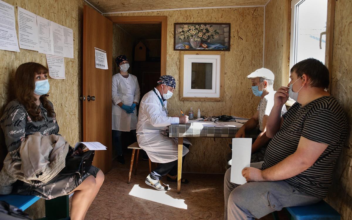 Вакцинация населения от COVID-19 в СНТ «Берёзка» под Новосибирском