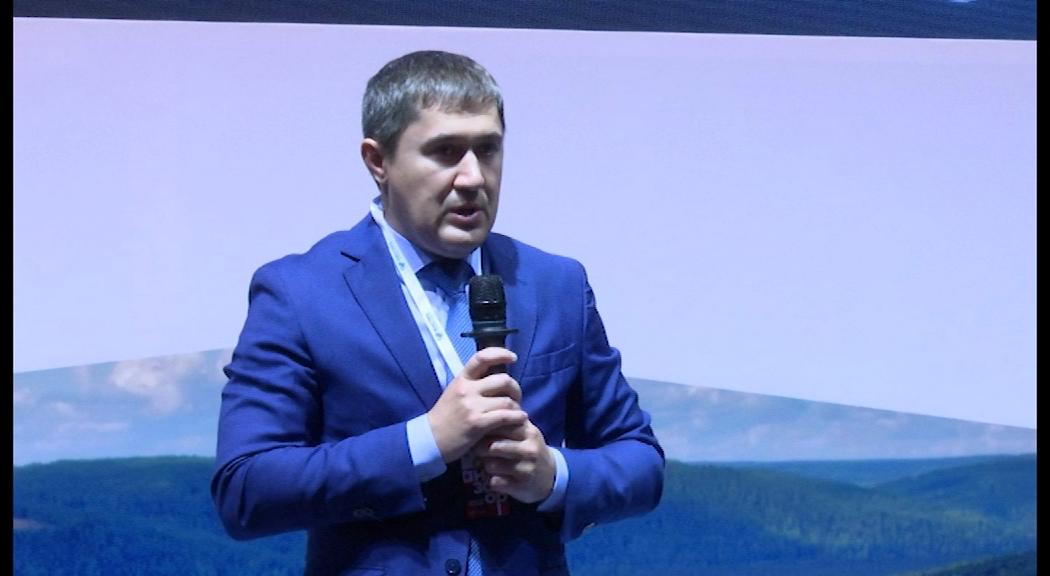 Губернатор Прикамья Дмитрий Махонин официально зарегистрировал брак