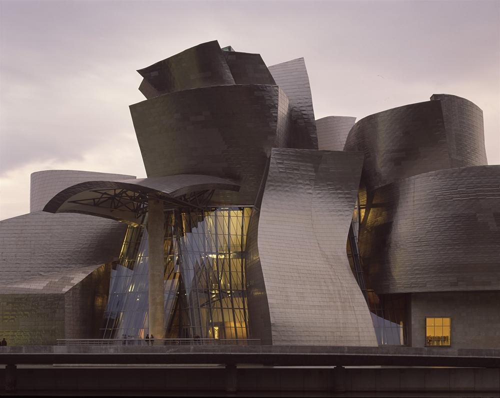 Музей Гуггенхейма в Бильбао, Испания