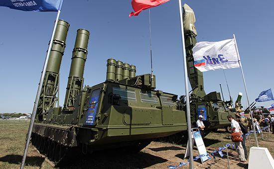 Зенитная ракетная система «Антей-2500». Архивное фото