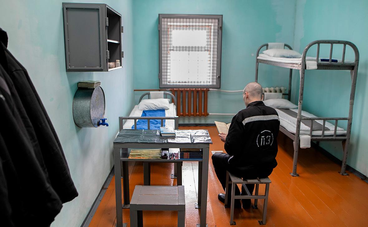 Хинштейн сообщил об одобрении Госдумой блокировки сотовой связи в тюрьмах  :: Общество :: РБК