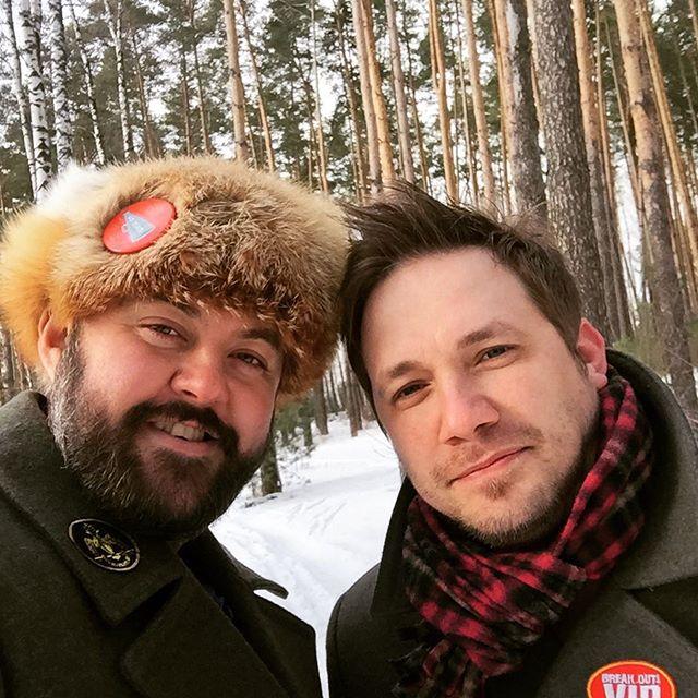 Роман Автухов вырос в закрытом городе Красноярск-45, а Роман Купецкий приехал в Новосибирск из Владивостока.