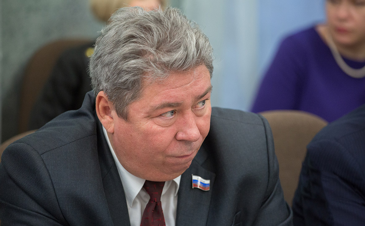 Виктор Чернобровин