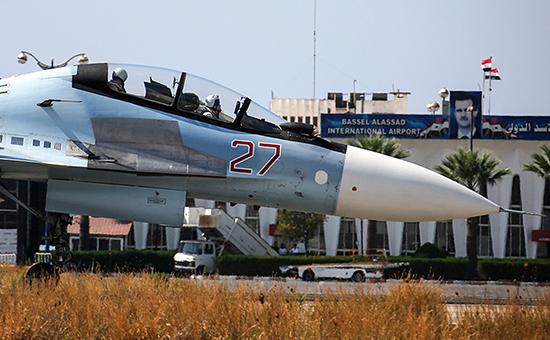 Российский самолетна авиабазе вЛатакии