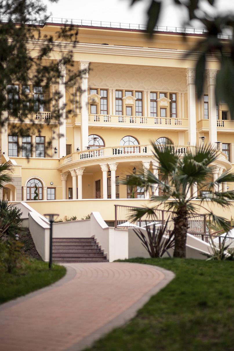 Гостиница и апартаменты «Камелия». Сочи