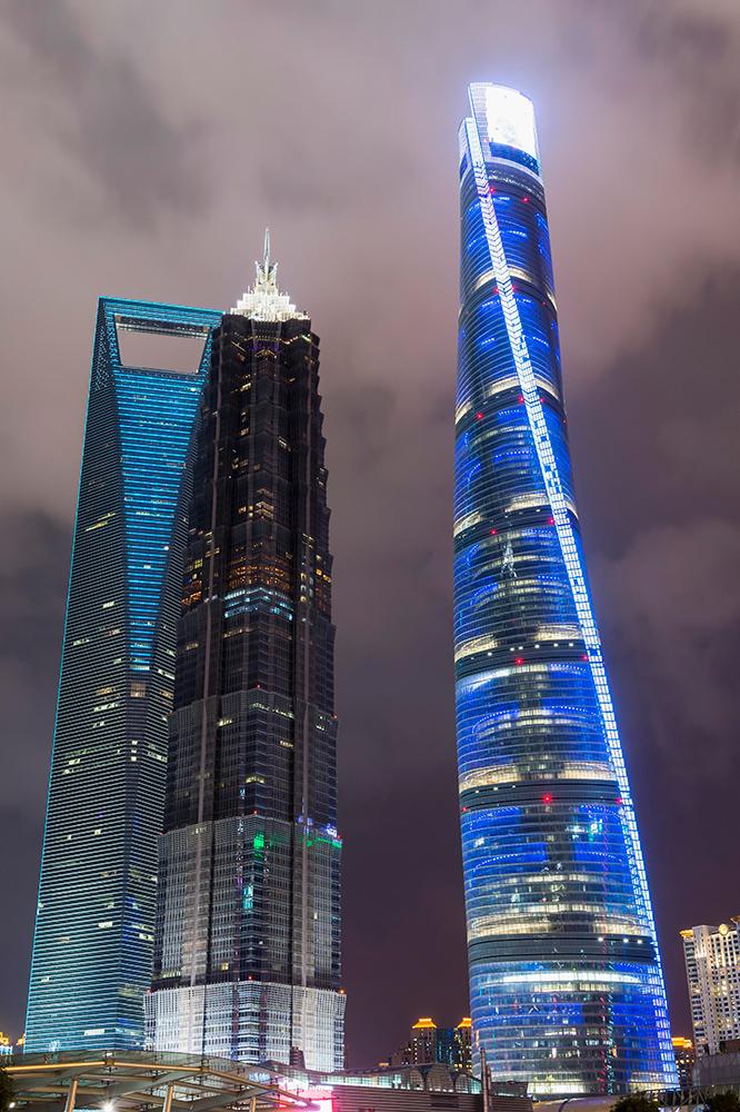 № 2. Шанхайская башня (Shanghai Tower)   Высота: 632 м, 128 этажей Место: Шанхай, Китай Назначение: отель и офисы Архитектура: Gensler Дата строительства: 2015 год