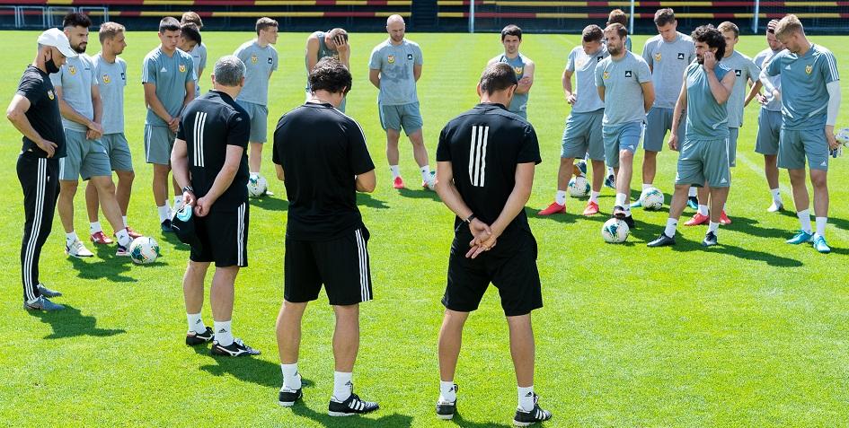 Тренировка футболистов «Арсенала» перед матчем с «Динамо»