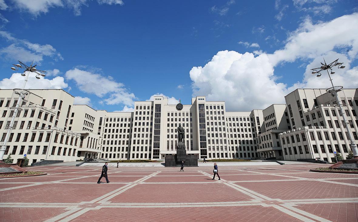 Дом правительства Республики Беларусь на площади Независимости в Минске