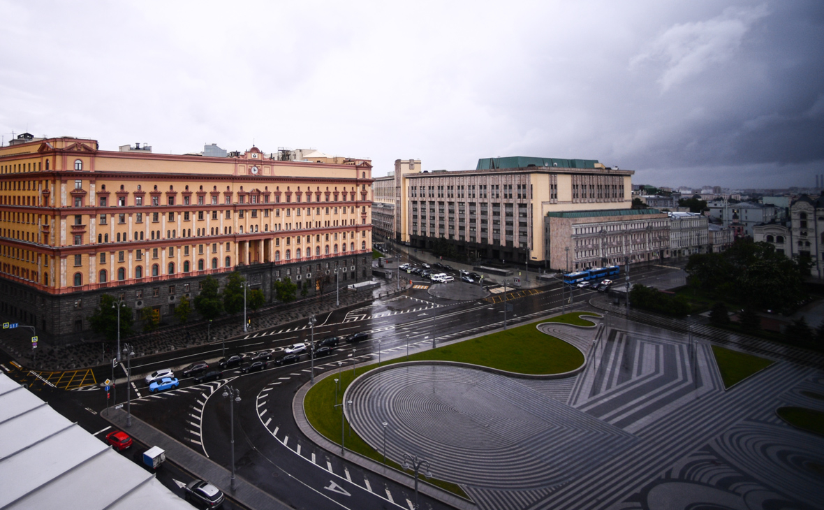 Вид на Лубянскую площадь в Москве