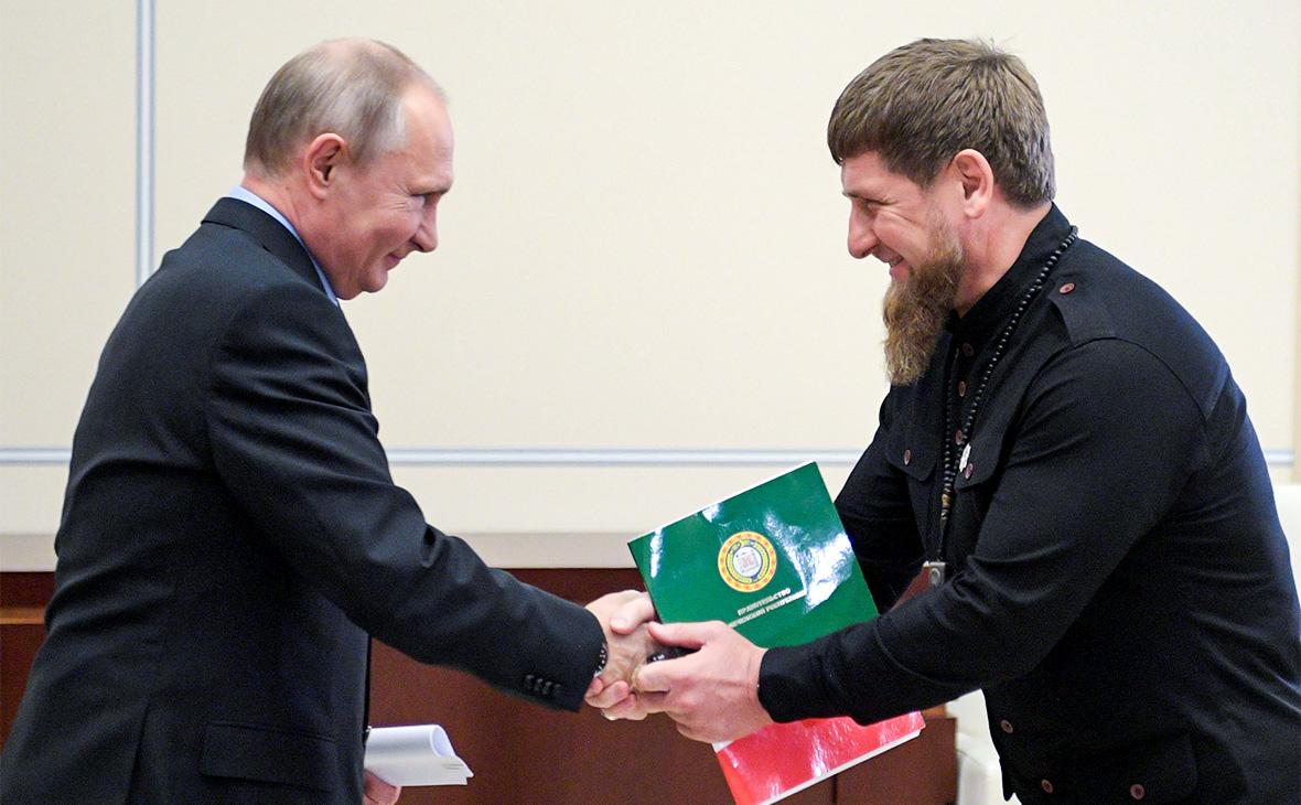 Владимир Путин и Рамзан Кадыров (слева направо)