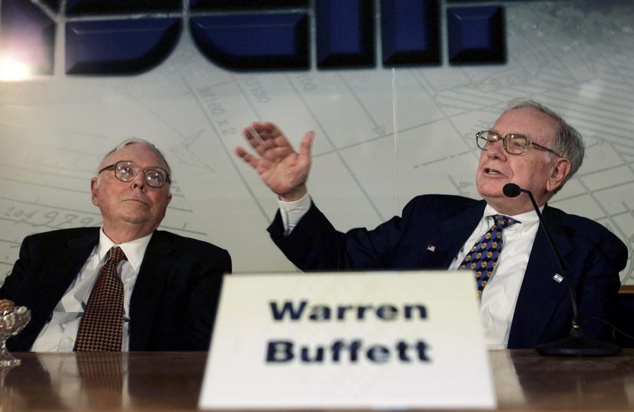 Глава Berkshire Hathaway Уоррен Баффет и вице-председатель совета директоров компании Чарли Мангер
