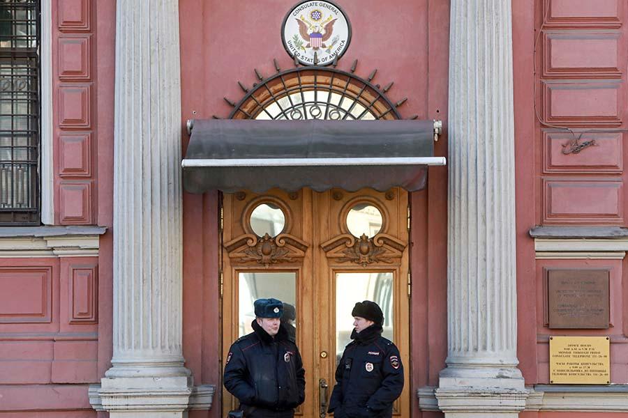 Здания генконсульства США в Санкт-Петербурге находится на Фурштатской улице