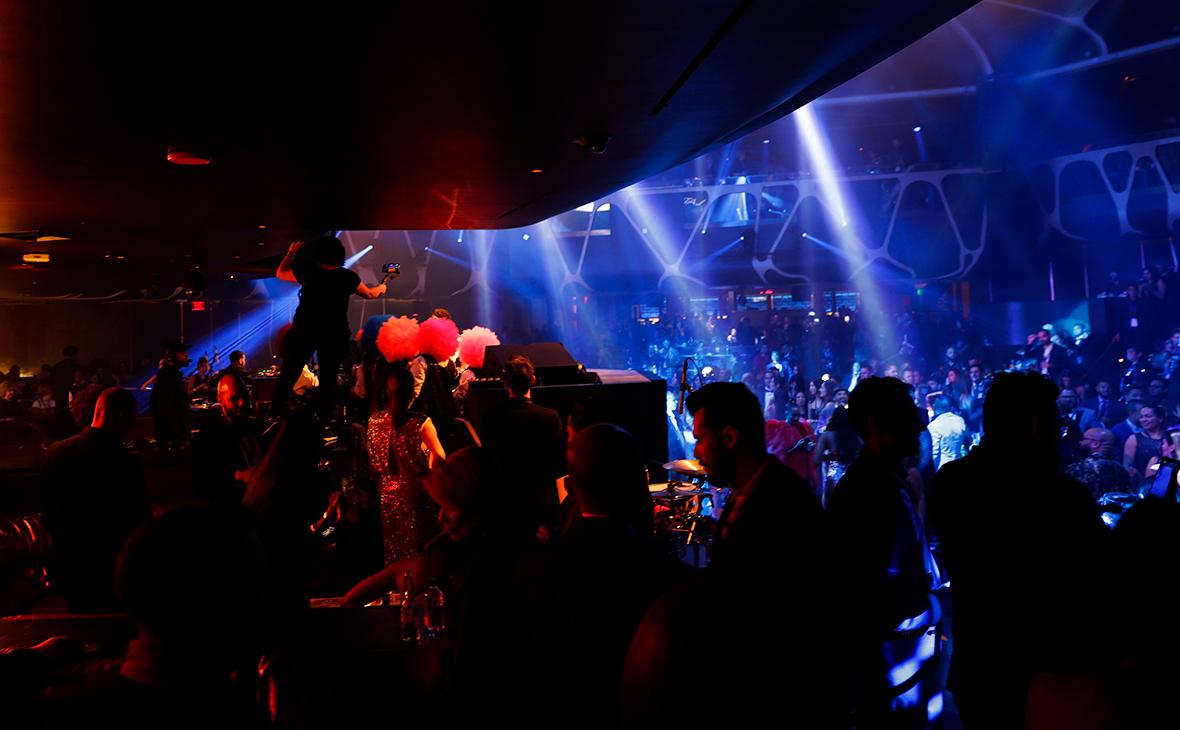 работа в москве в клубе ночью